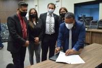 Câmara aprova projeto que prevê doação de terrenos para MP e OAB